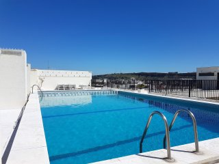 CAPARICA ROOF POOL APARTMENT, Costa da Caparica