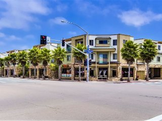 Pacific Blue Four - Corner Condominium Home with ocean view!
