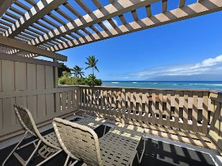 Kahana Sunset E5 Beautiful Ocean Views & Secluded Beach! Location, Location!