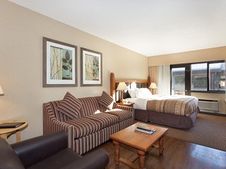 Located in the Heart of Whistler Village / 214852