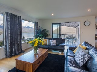Aspen Grove Villa - Unit A, Queenstown