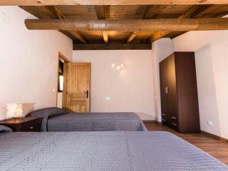 Apart. Duplex Montcortes - WiFi GRATUIT!!