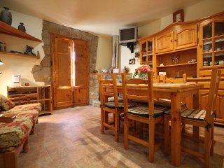 Can Bastus d'Orcau - Holiday Home