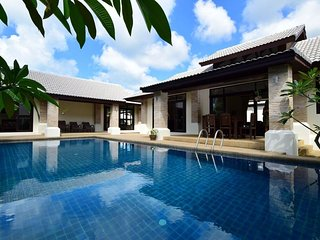 PRIVATE POOL - VILLA FRANGIPANI