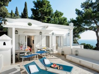 3 bedroom Villa in Capri, Campania, Italy : ref 5313003