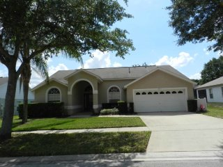 Orange Tree 4/3 pool home with spa. Enjoy recreation and relaxation in this
