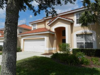 Solana 6/4 Pool Home property, fully furnished, with full kitchen, and all linens and towels,, Davenport