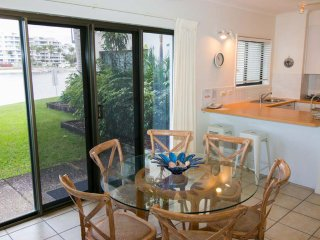 1 Bed Beachfront Apartment #10