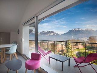 Appartement Mont Blanc avec terrasse et magnifique vue sur lac et montganes