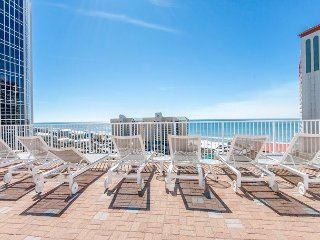 FREE Activities worth $126+1.5bd/2ba w/Private Balcony-JULY NIGHTS AVAILABLE!