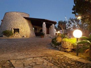Villa Dora - con trullo annesso