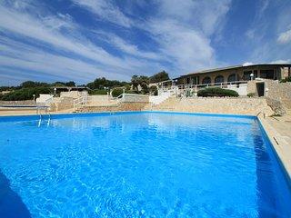 Villa Palme - vista mare da sogno in residence con piscina