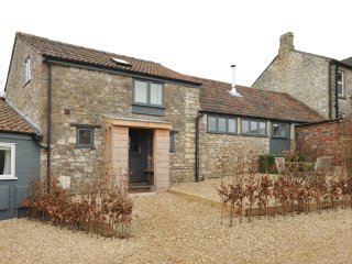 The Parlour - luxury cottage near Bath, Dunkerton