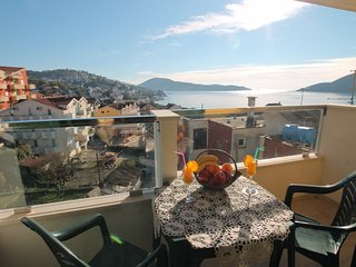Duplex apart 100m from the beach, with sea views