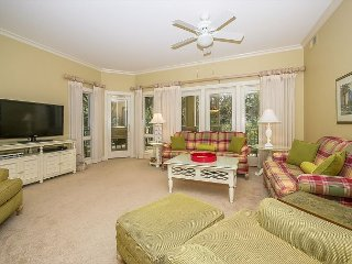 8109 Wendover Dunes-100 yards to the beach, Pool & Spa on-site