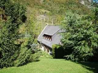 Chalet Hay, self catering in the pyrenees for skiing, cycling, walking holidays, Campan