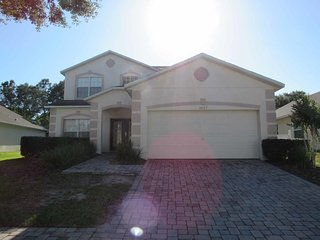 Westhaven 5/3.5 pool home property, fully furnished, with full kitchen, linens and towels