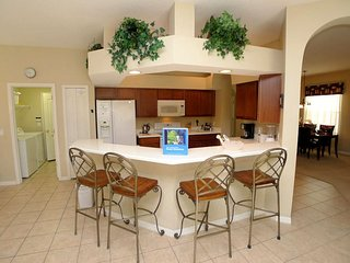 Westhaven 5/3 Pool Home property, fully furnished, with full kitchen, and all linens and towels