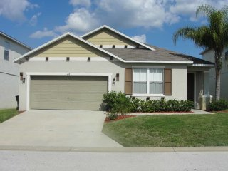Legacy Park 4/3 Pool Home property, fully furnished, with full kitchen, and all linens and towels