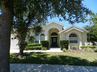 Orange Tree 6/3 pool home property, fully furnished, with full kitchen, and all linens and towels, Clermont