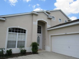 Hampton Lakes 5/4 Pool Home property, fully furnished, with full kitchen, and all linens and towels,, Davenport