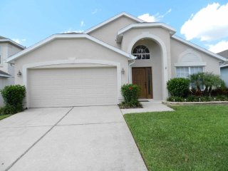 Highlands Reserve 4/2 Pool Home property, fully furnished, with full kitchen