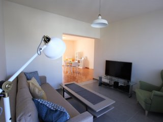 Rafina Place, 2bdr apartment, PRIVATE terrace