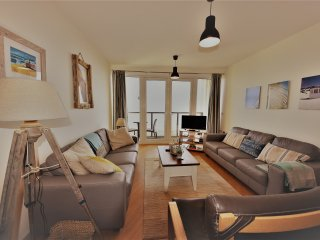 Stunning Apartment overlooking Pwllheli Beach