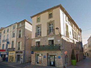 Holiday gite, central Pezenas, France, sleeps 6