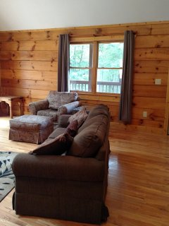 Quiet, convenient cozy cabin ideal  to Murphy, NC, Blue Ridge, GA, Ocoee rafting