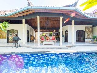 3 BR Luxury Villa Helen Private Pool Seminyak Bali
