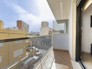 Llebeig beach apartment, EASY, going down the stairs and getting on the beach, Can Pastilla