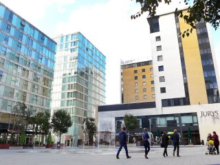 One Bed City Centre Hotel style Served Apartment, Milton Keynes