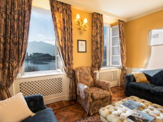 magnifico appartamento con vista sull'isola di San Giulio