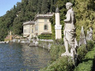 Apartment on Lake Como Shore, Torno