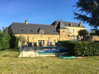 Luxury 5 star, 3 bedroom cottage with private pool, Beaux Reves, close to Sarlat, Saint-Crepin-et-Carlucet