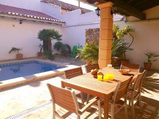 CAN GABRIEL, para 6 personas, piscina privada y barbacoa, Sa Pobla