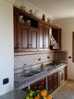 The fully equipped kitchen with everything  you'll need to cook easily