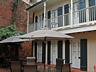 Chateau Orleans - Fri, Sat, Sun check ins only!, New Orleans