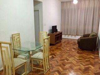 Spacious 2br apartment in the heart of Copacabana!