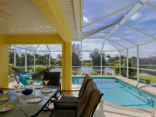 Waterfront Paradise Willa in South West Florida, Cape Coral