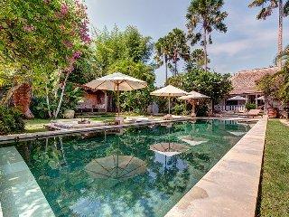 Sensational Prestigious 10 Bedroom Villa, Seminyak;