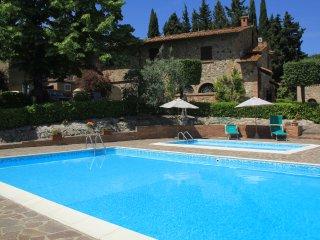 Villa nel cuore della campagna Toscana