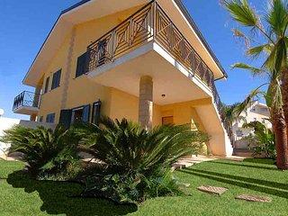 Scirocco House, Lido di Noto. Bella villa al mare