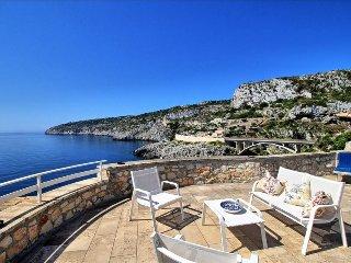 Villa Paradise - vista mare unica e accesso diretto sul mare