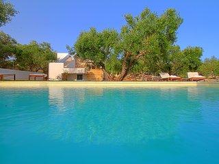 I Tre Trulli - con piscina e giardino favoloso