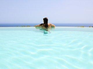 Villa Belvedere - piscina con vista mare unica