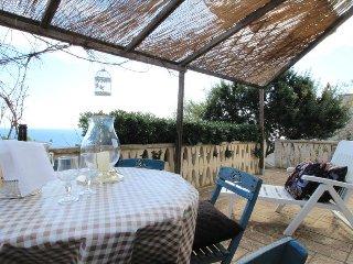 Don Carlos - in residence con piscina e idromassaggio