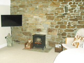 The Suite on The Diamond in Donegal Town Elegant , Quirky and  Very Comfortable.