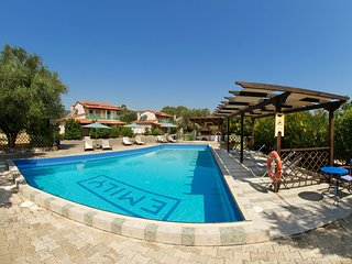 3 bedroom spacious villa with shared pool in Sami.
